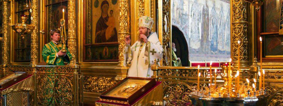 Викарий молитвенно отметил 5-летие хиротонии