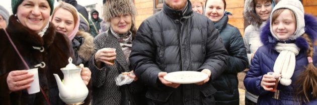 На Масленицу состоялась ярмарка в храме на Волжском