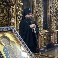 архиепископ Матфей совершил литургию преждеосвященных даров в храме в Лефортове