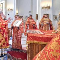 Викарий посетил в престольный праздник храм на Волжском